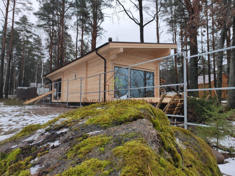 Завершили строительство бани из клееного бруса в посёлке Клеверное