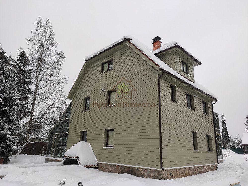 Завершен монтаж фиброцементного сайдинга Cedral в поселке Сиверский